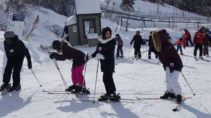 EPSJ-sortie-en-ski-pour-les-eleves-de-francisation1